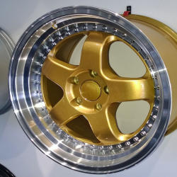 RS1 WHEEL 18 x 9 Gold